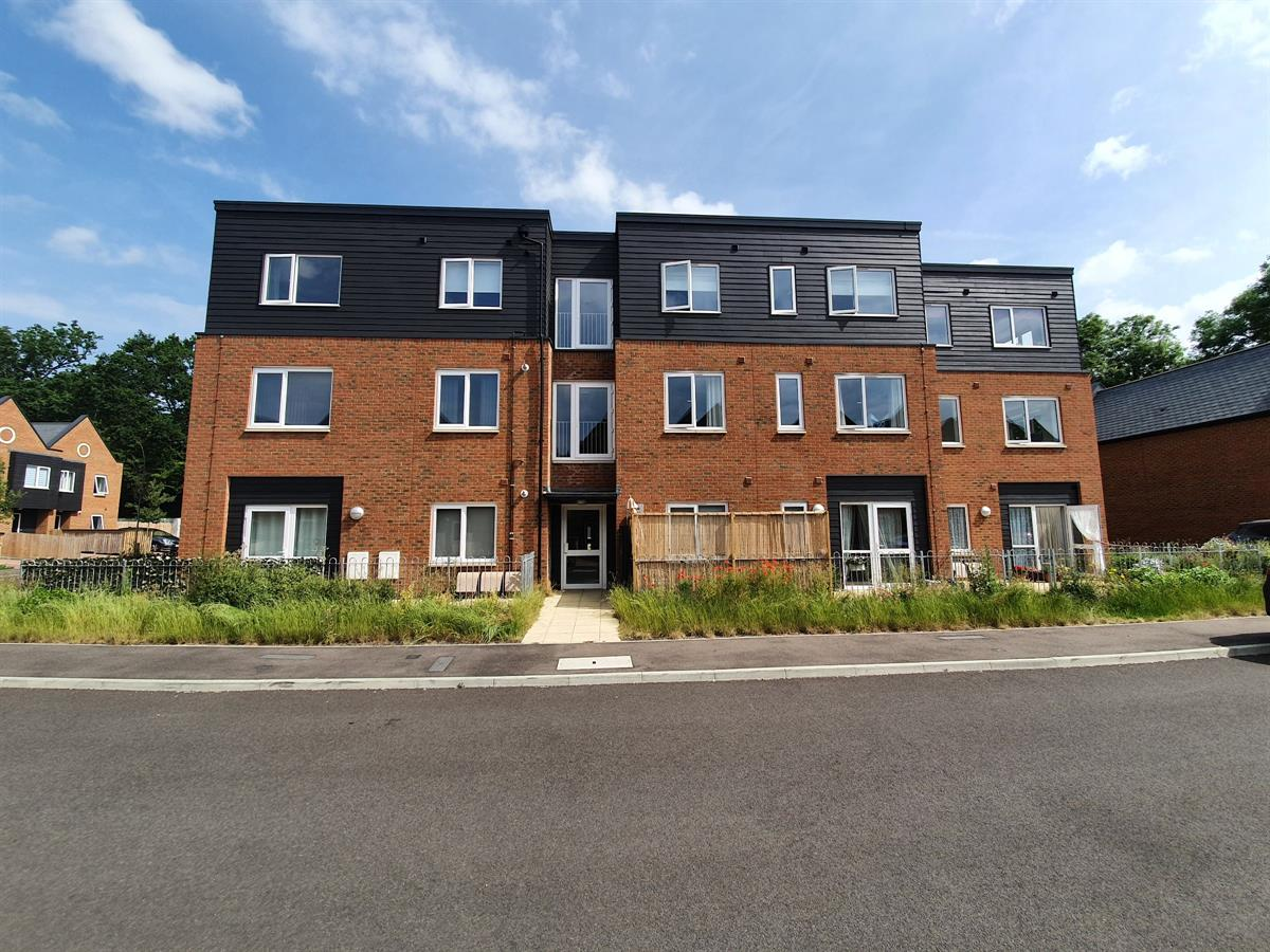 Litho House, Caxton Close, Edenbridge