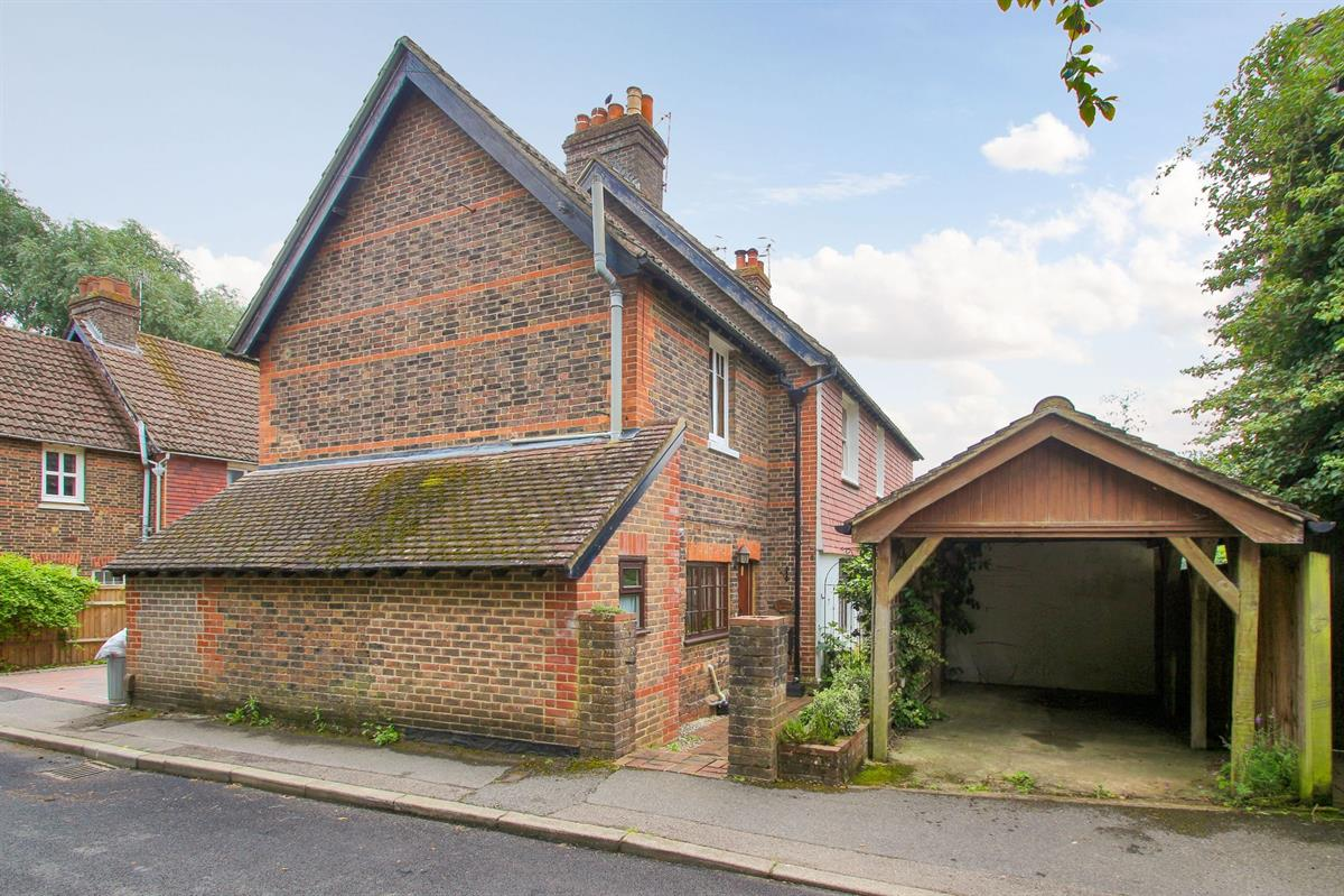 Foresters Cottages, Mead Road, Edenbridge