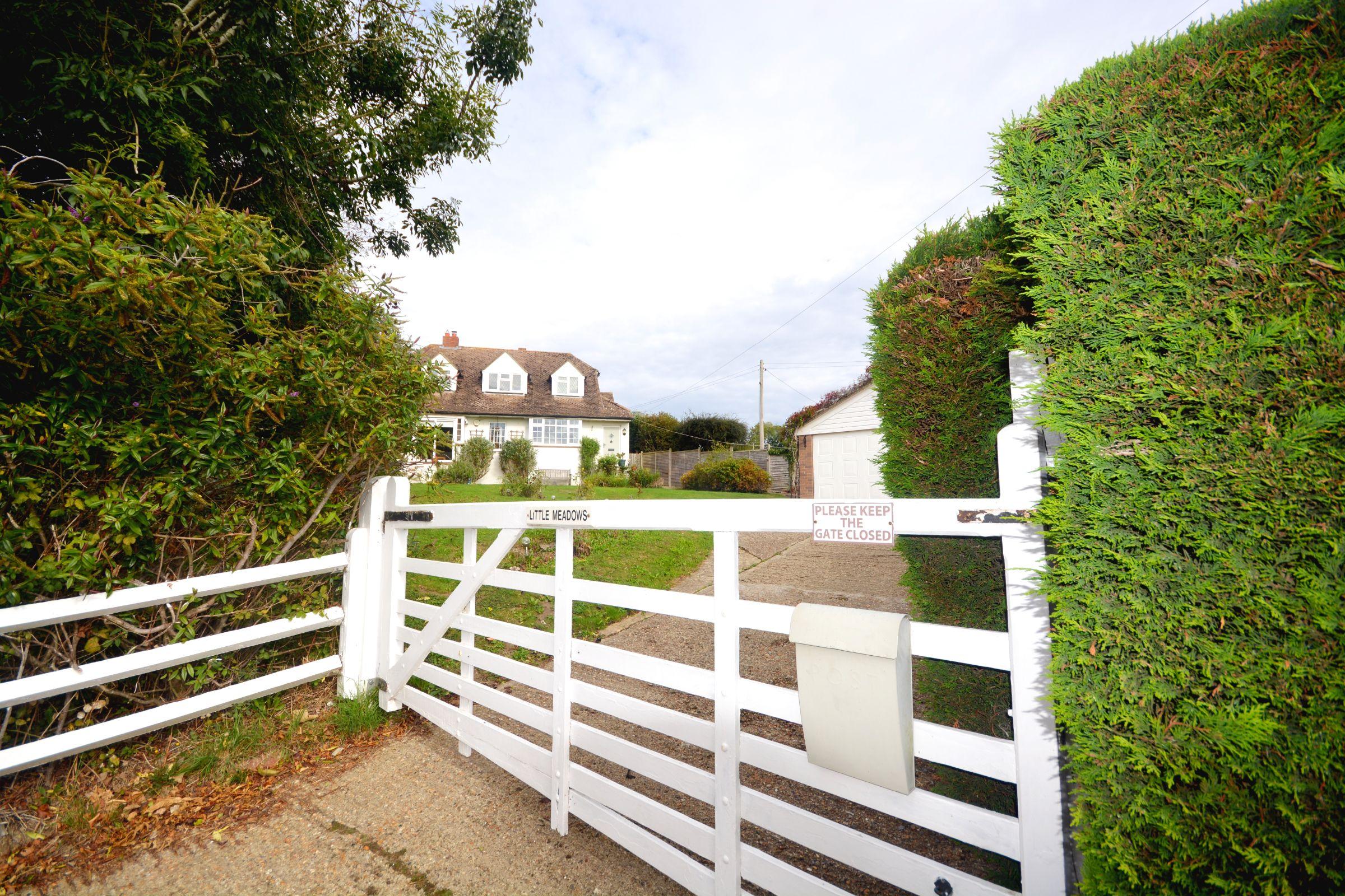 Little Meadows, Horse Shoe Green, Mark Beech, Edenbridge