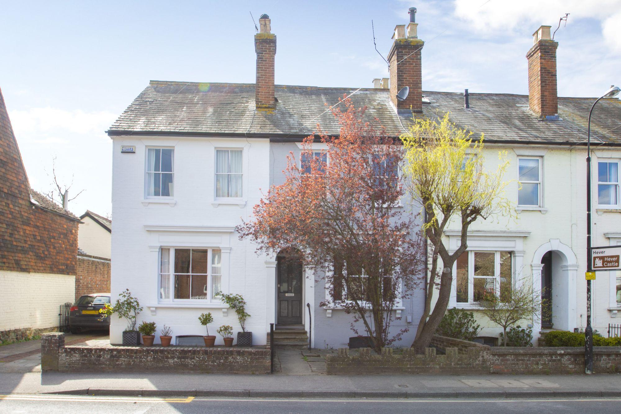 Katharine Villas, Mill Hill, Edenbridge